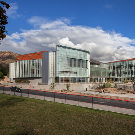 Hastings+Chivetta-designed Student Life Center at University of Utah Wins Athletic Business Award
